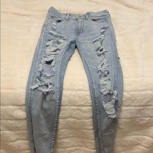 Extra ripped light jeans